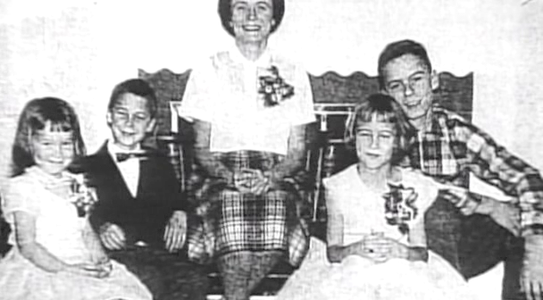 the early childhood of ted bundy Even ted bundy described himself as the most cold-hearted son of a bitch ted bundy's childhood bundy broke into healy's apartment in the early morning.