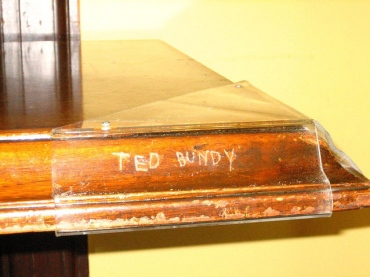 ted bundy carved his name 2
